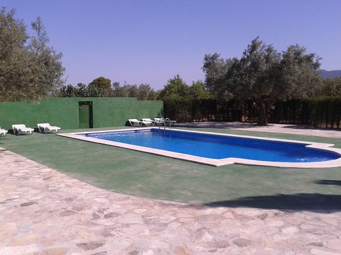 Instalaciones y servicios de las casas de la granja - Casa rural murcia piscina climatizada ...